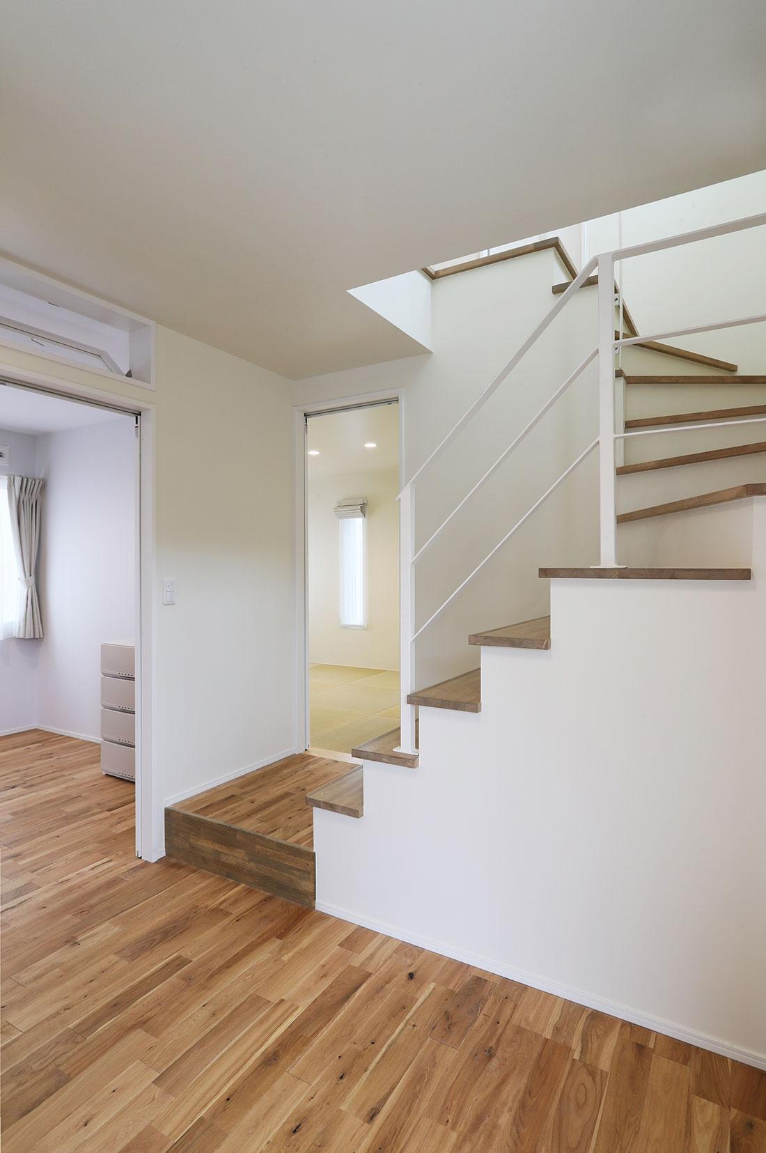 天寧寺の家 階段